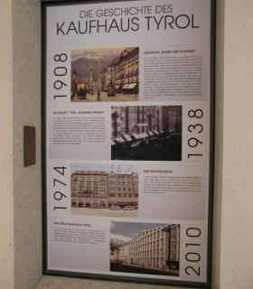 Informationstafel Kaufhaus Tyrol