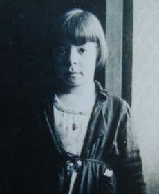 Gitta Scharf, 1938