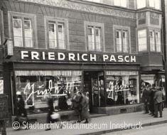 Modenhaus Friedrich Pasch, Maria-Theresien-Strasse 21, 1938